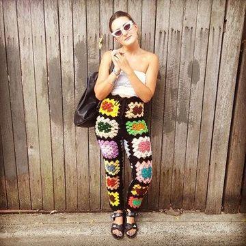 pantalones tejidos a crochet de colores