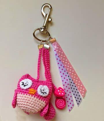 llaveros tejidos a crochet para niñas