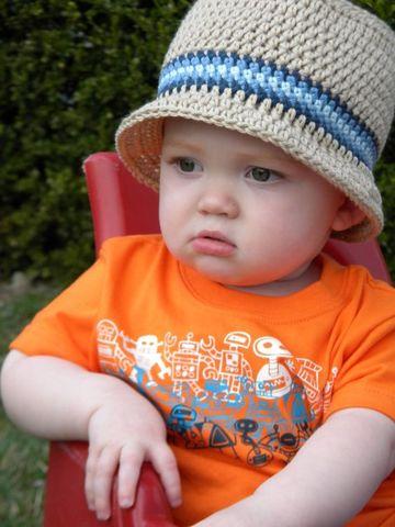 sombreros de primavera para niños tejidos