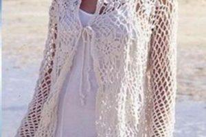 Varios tapados tejidos al crochet con unos estilos modernos