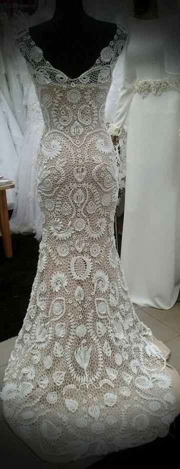 tejido irlandes a crochet en vestido de novia