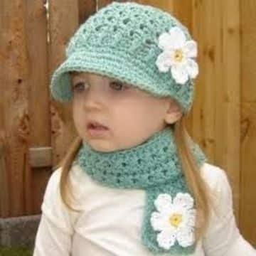 gorros y bufandas tejidas para niñas