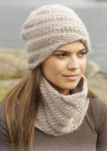 gorros y bufandas tejidas sencillas