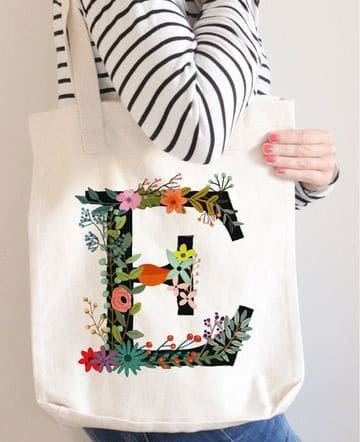 bolsas de tela decoradas con iniciales