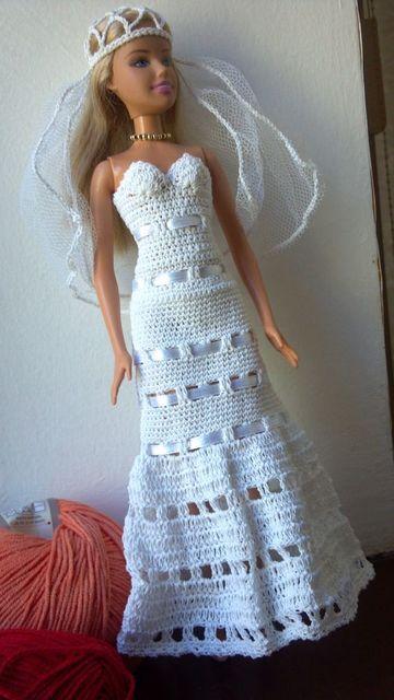 vestidos a crochet para muñecas de novia