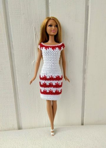 vestidos a crochet para muñecas ekegantes
