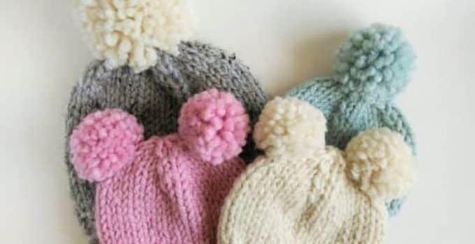 5706fde34 Preciosos diseños de gorros con pompones para bebe - Tejidos a crochet paso  a paso