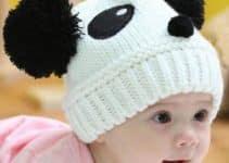 Adorables modelos de gorros tejidos de panda para tu bebé