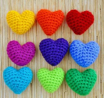 modelos de corazones tejidos a crochet