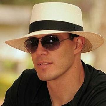 fotos de sombreros de playa para hombre