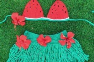 Coquetos trajes de baños tejidos para bebes  de 4 y 2 piezas