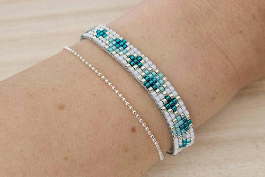 diseños de pulseras tejidas con mostacillas