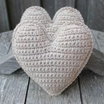 como hacer corazon a crochet paso a paso