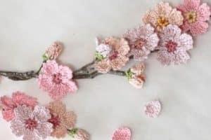 3 puntos diversos en algunos modelos de flores a crochet