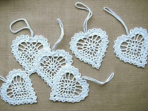 como tejer corazones al crochet sencillos