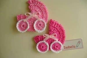 4 piezas miniaturas en crochet para baby shower