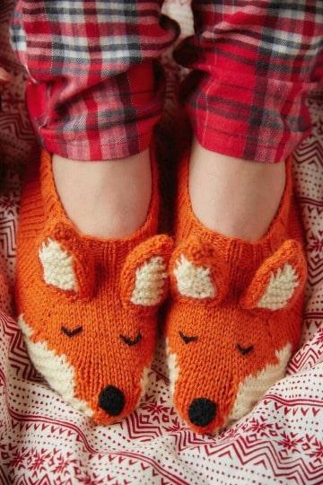 pantuflas tejidas a dos agujas para niños