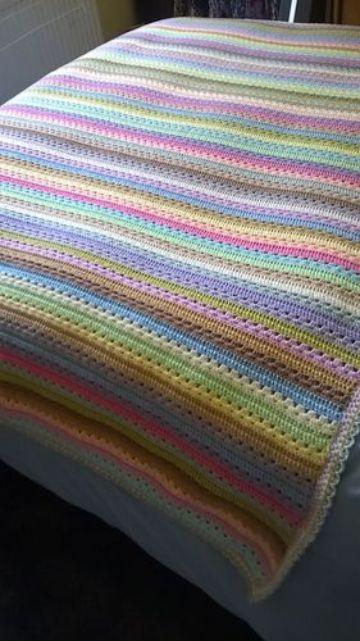 modelos de colchas a crochet a colores