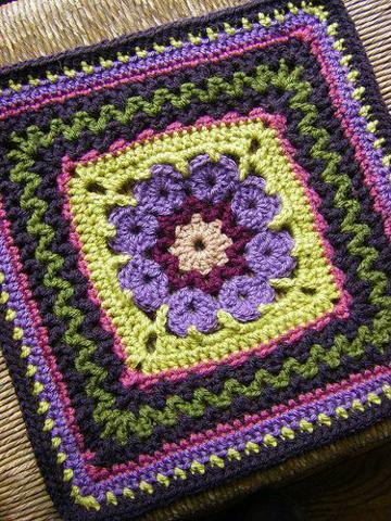pastillas a crochet cuadradas de colores