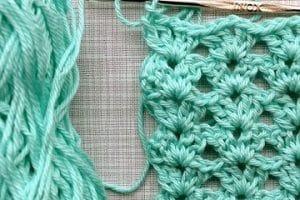 4 diferentes modelos de puntos calados a crochet