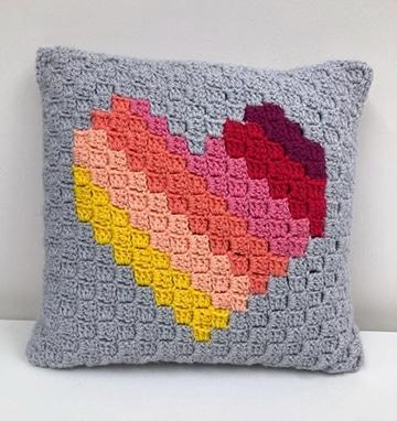 cojines tejidos a crochet para niños