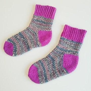 imagaenes de calcetines de lana para niños