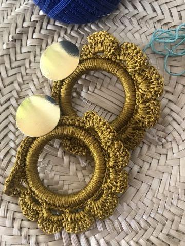 como hacer aretes tejidos a crochet