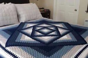 4 geniales diseños de colchas hechas a crochet