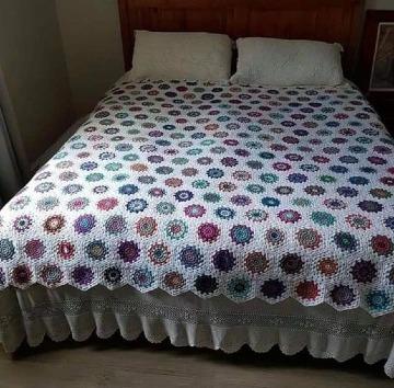 modelos de edredones tejidos a crochet