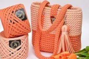 2 tipos de hilos para hacer bolsos y carteras a crochet