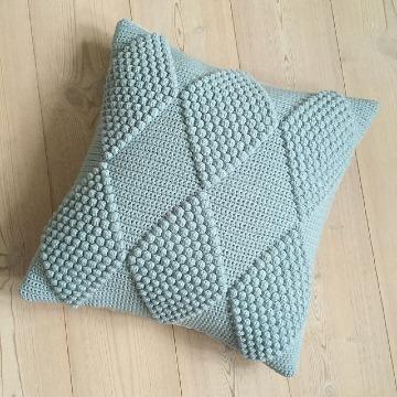 como hacer almohadas tejidas a crochet