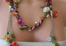 3 colores adecuados para collares con flores tejidas