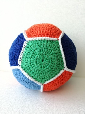 como hacer pelotas tejidas a crochet