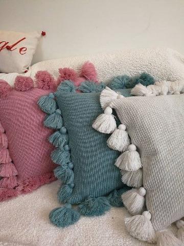 sencillas almohadas tejidas a crochet