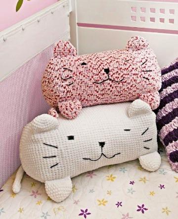 tiernos cojines para niños a crochet