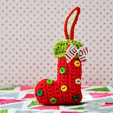 botas y medias de navidad en crochet