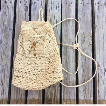 mochilas tejidas en macrame pequeñas para niñas
