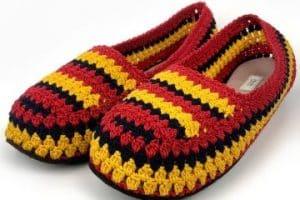 5 pasos para crear pantuflas tejidas con suela