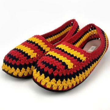 pantuflas tejidas con suela de colores