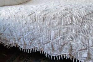 Puntos y diseños de cubrecamas tejidos a crochet 2019