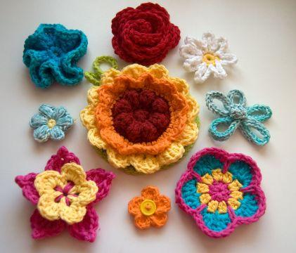 flores hechas a crochet de colores