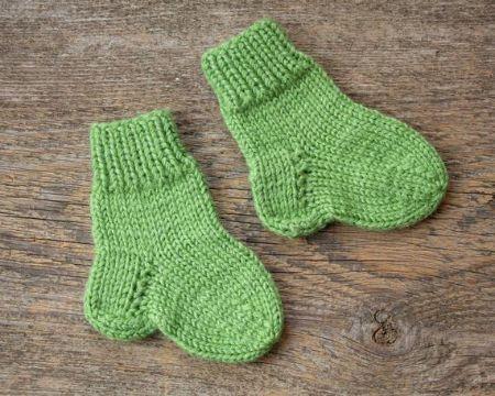 medias de lana para bebes sencillos