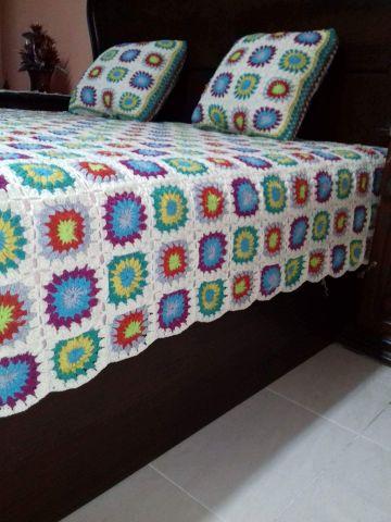 colchas de cama a crochet con muestras