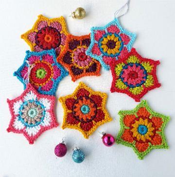 estrella tejida a crochet pequeñas para pendientes