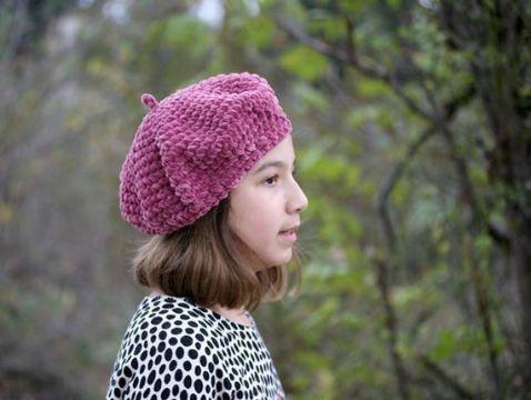 boinas a crochet para niñas tradicionales
