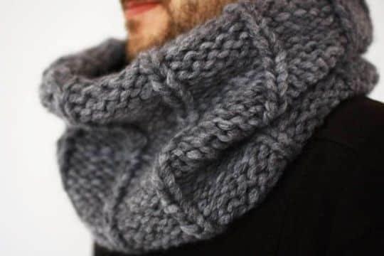 bufandas circulares tejidas a mano para hombres