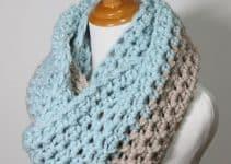 Diseños de bufandas de colores a crochet y a 1 tono