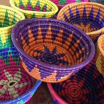 canastas artesanales mexicanas coloridas