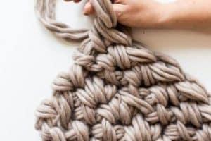 3 ideas para hacer mantas de punto hechas a mano originales