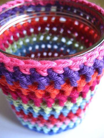 tarros forrados a crochet a colores